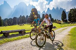Mountainbike in Val di Funes
